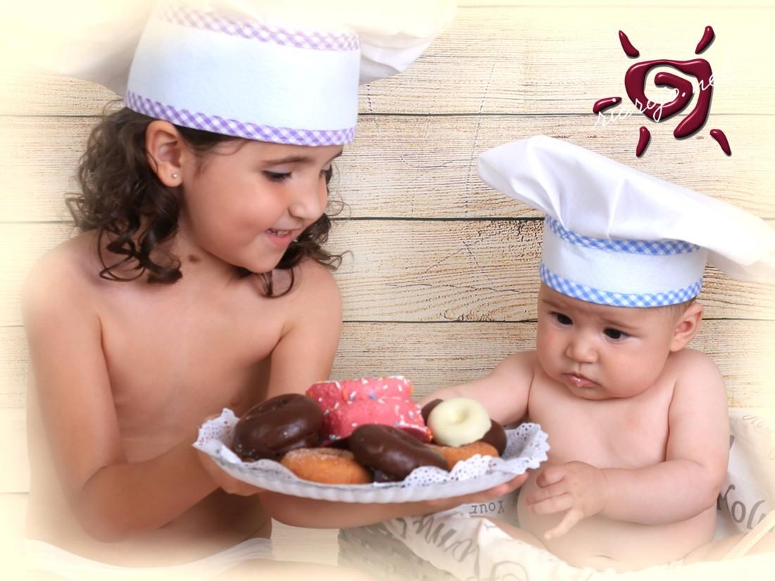 niños con donuts