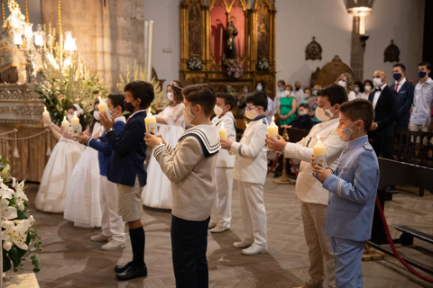 PRIMERA COMUNION SANTA MARIA 5 MAYO 12,30
